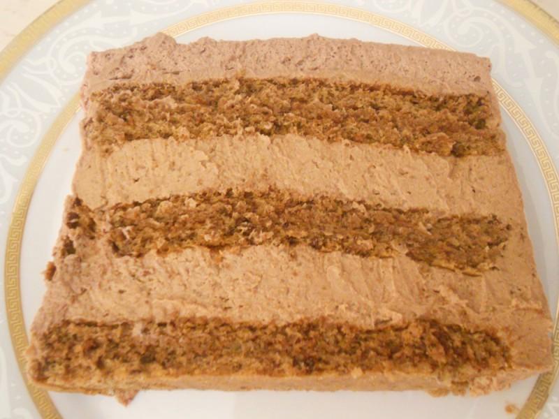 Чоколадна торта со ореви