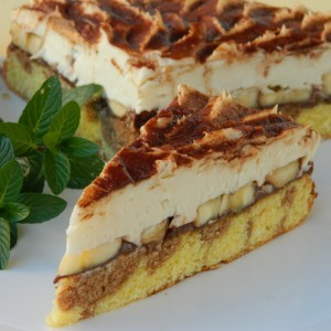 Кремаста торта со нутела и банани