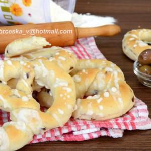 Переци со маслинки и солен прелив (посно)
