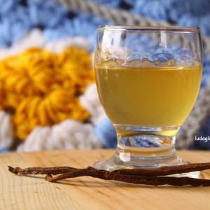 Ликер од мед и ванила