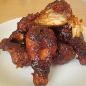 Пикантни пилешки крилца