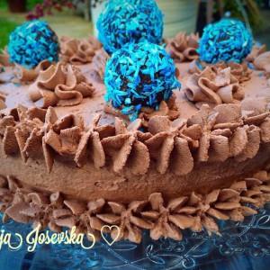Чоколадна торта (без печење и без брашно )
