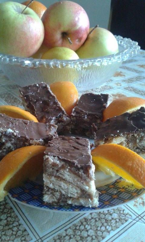 Касато торта со кокос и ореви