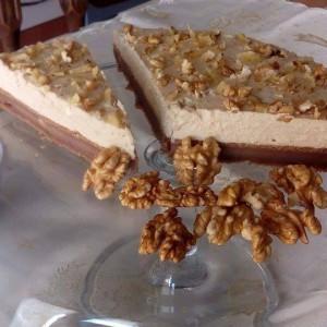 Торта со млеко од ореви