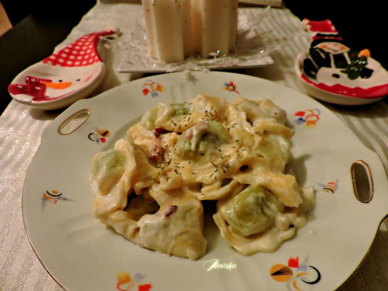 Тортелини со спанаќ и рикота во сос од павлака