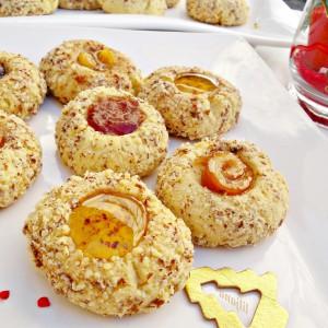 Суви колачи со бадем