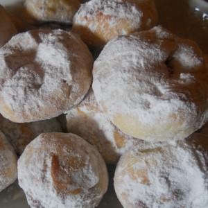 Старински колачи - ванилици со квасец