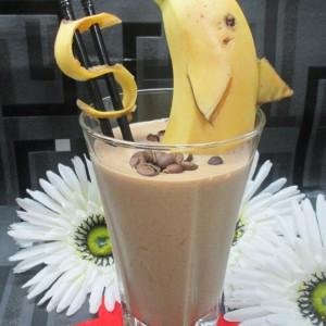 Банана кафе смути фрапе