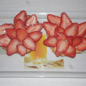 Француски тарт со јагоди