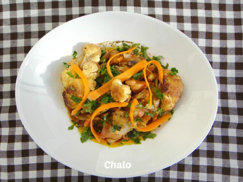 Пилешко со карфиол и печурки