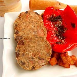 Кумановска прженица (свинска домашна салама)