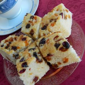Посна торта со суво овошје (без масло )