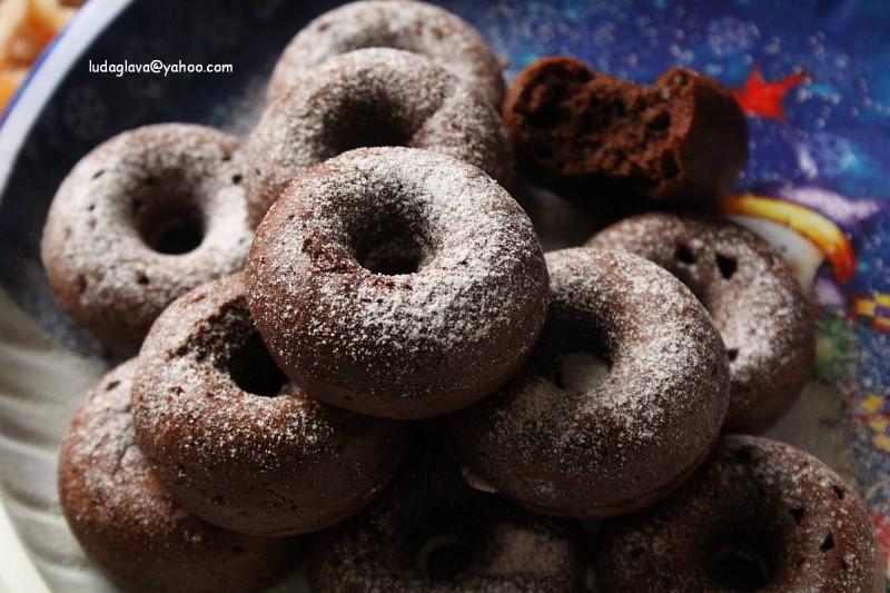 Какао крофни, мафини или вафли (рецепт за апарат за крофни) (посно)
