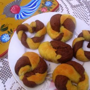 Шарен попарен колач