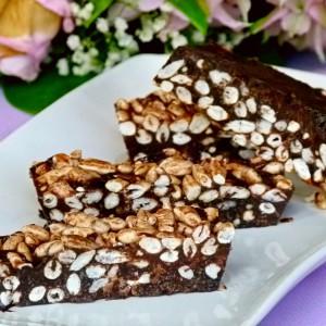 Чоколадо со експандиран ориз (веган, сурово, посно)