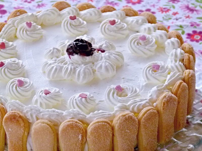 Пудинг торта со пишкоти