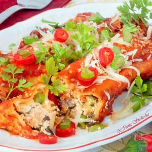 Канелони во доматен сос