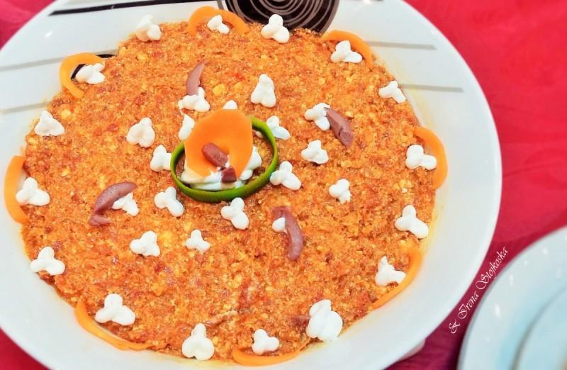 Урнебес салата со ајвар