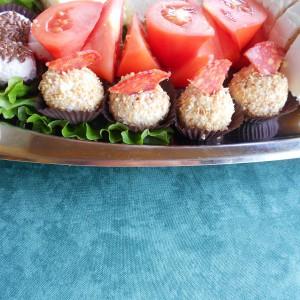 Пикантни солени бомбици (без печење)