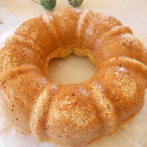 Солен кекс со праз и маслинки
