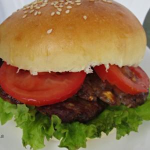 Домашни хамбургер лепчиња