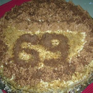 Роденденска торта со афион и чоколадо