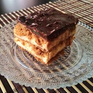 Еклер колач (без печење)