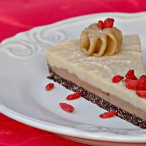 Празнична веган торта