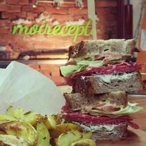 Видео рецепт: Клуб сендвич на векот