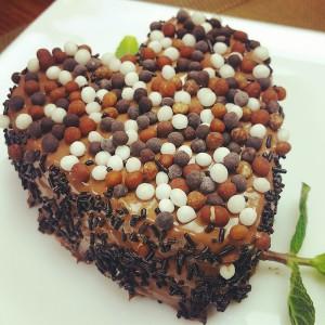 Видео рецепт: Валентајн колачи за вљубени