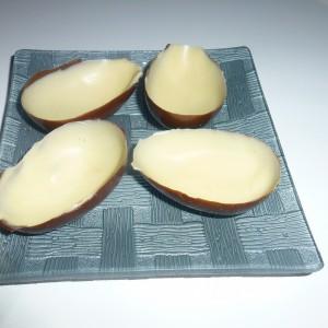 Домашни чоколадни јајца со изненадување