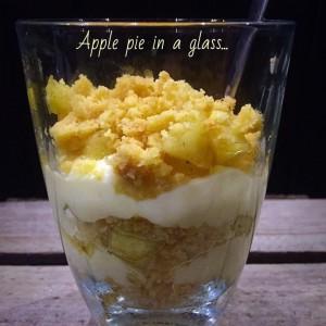 Тарт со јаболка во чаша