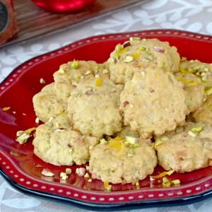Рустични колачиња со авокадо и кикирики