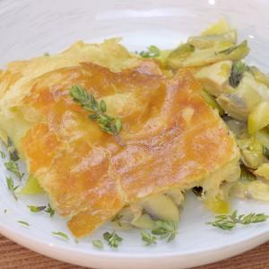Видео рецепт: Англиска пита со пилешко и печурки