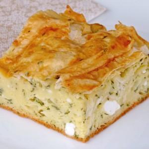 Гужвана пита со сирење и сушен спанаќ
