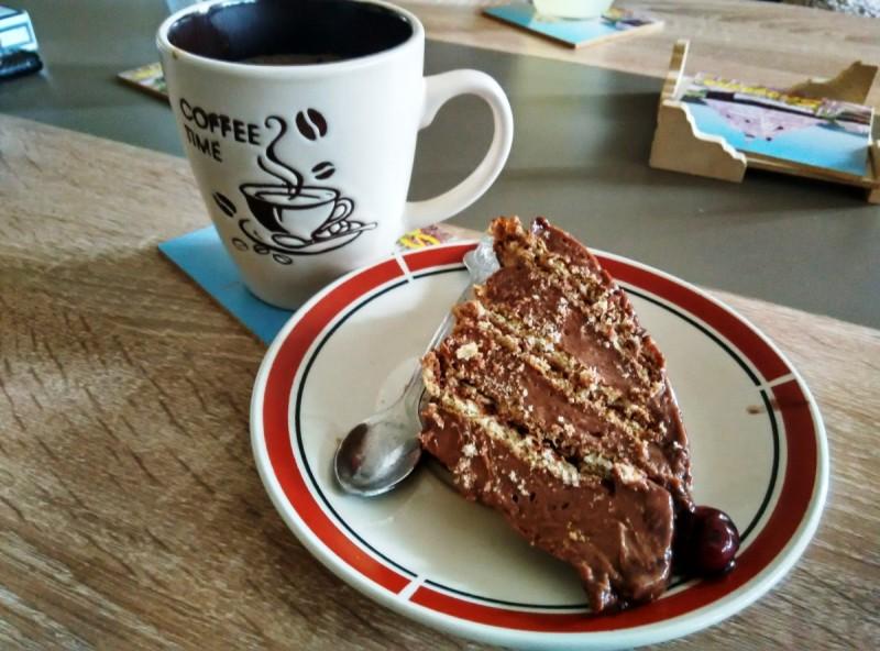 Чоколаден куглоф (пудинг или сладолед) (без печење)