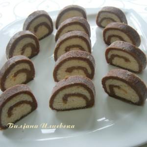 Ролат со кокос и турско кафе (посно) (без печење)