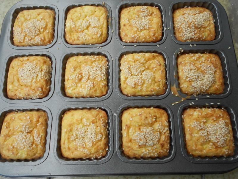 Солени мафини со тиквичка