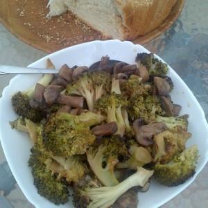 Вкусно предјадење со брокула и печурки