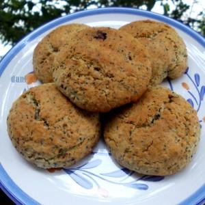 Интегрални бисквит колачи со афион