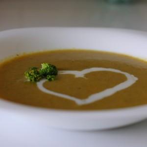 Крем супа од брокула и морков