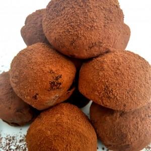 Чоколадни тартуфи од три состојки