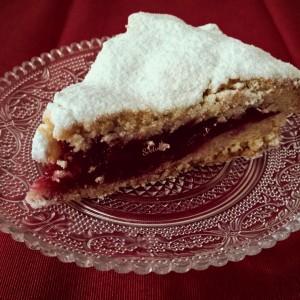Биксвит торта со вишни