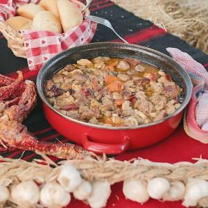 Видео рецепт: Селско месо