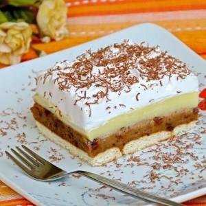 Летен колач со диња и чоколадо (без миксер, без печење)