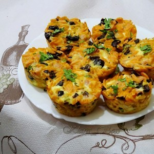Критараки мезе мафини од тестенини