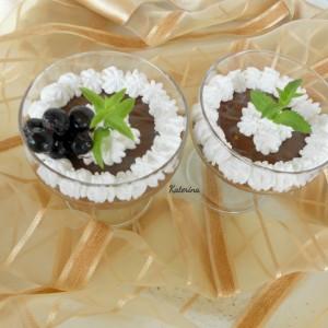 Чоко-лешник крем во чаша