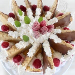 Лепеза торта со малини - јубилејна торта за 600 рецепт