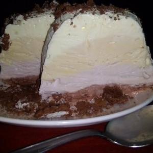 Омбре сладолед (сладолед во куглов)