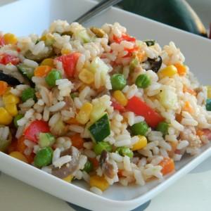 Ориз салата со туна